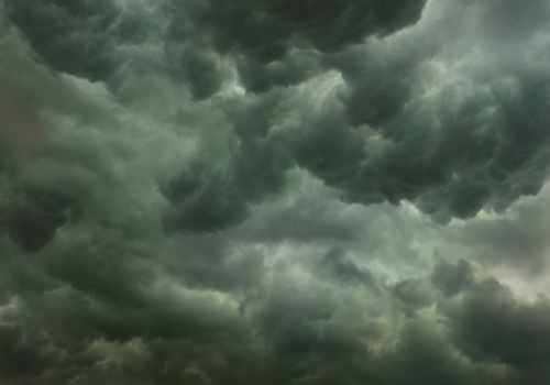 UPDATED 09:00 22/12  - Severe Weather now with us!